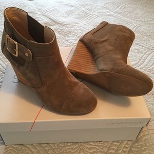 Sole Society Booties in 5 1/2